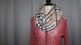 scarf, black scarf, red scarf, red shirt, black shirt, burberry inspired scarf